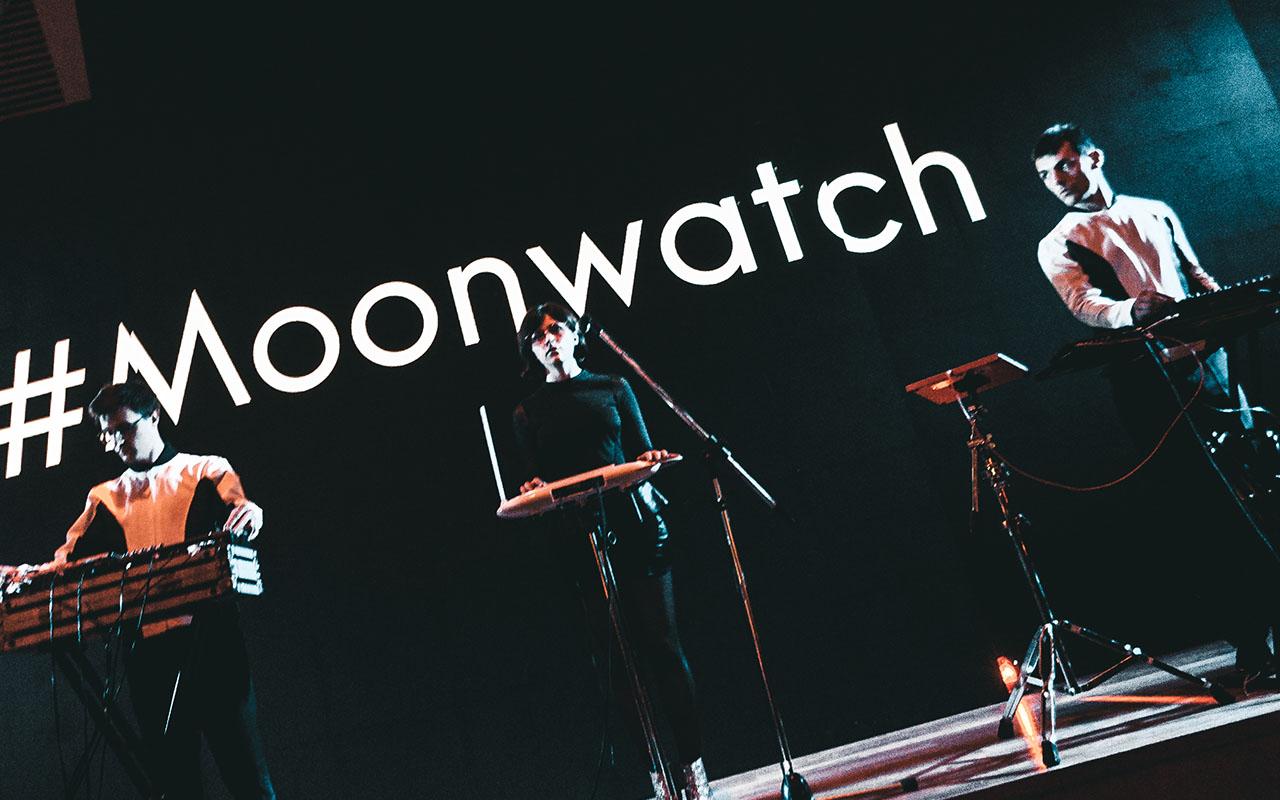 moonwatch-galeria-9
